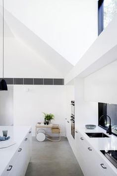 The Allen Key House by Architect Prineas in Sydney, Australia is a modern renovation and addition of a California Bungalow. Contemporary Sheds, Living Area, Living Spaces, California Bungalow, California Style, Kitchen Images, Architect House, Prefab Homes, Home Look