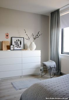 Ikea Malm Kleiderschrank Skandinavisch Schlafzimmer with Bedroom Decor by Holly… (Diy Decoracion Habitacion)