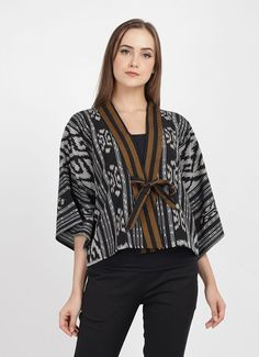 Buy Original Bhatara Batik Tatiana Outer - Navy Brown Gray at Indonesia Batik Kebaya, Batik Dress, High Fashion Dresses, Fashion Outfits, Blouse Batik Modern, Dress Batik Kombinasi, Outer Batik, Batik Blazer, Kebaya Modern Dress