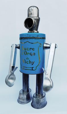 upcycled sugar tin robot by Gille Monte Ruici