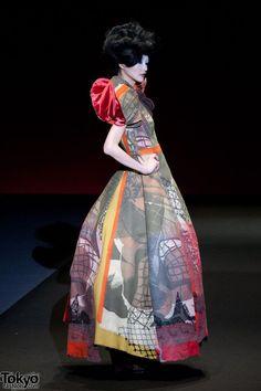Hiroko Koshino patterns are gorgeous