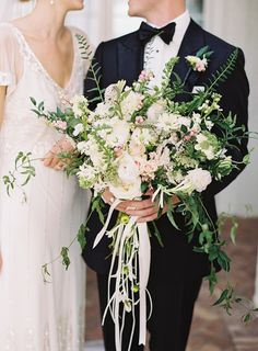 Vintage Meets Modern in this '20s Inspired Wedding