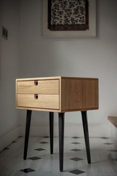 Fancy - Mid-Century Scandinavian Side Table / Nightstand - Two drawers and retro legs made of solid oak
