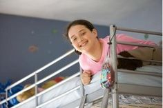 How to Paint Metal Bunk Beds (9 Steps)   eHow