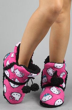 Pink hello kitty boots <3