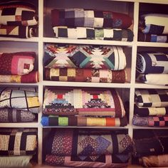 Wall of lovely handmade quilts at the craft shop, Nic Naks in Green's Harbour, Newfoundland! Workshop Storage, Home Workshop, Quilting Room, Quilting Ideas, Quilt Shops, O Canada, Newfoundland And Labrador, Craft Shop, Scrappy Quilts