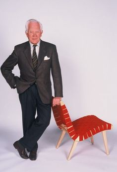 Jens Risom and his Lounge Chair