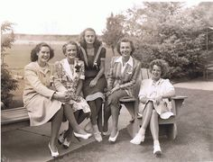 Alpha Phi's at the 1940 Convention