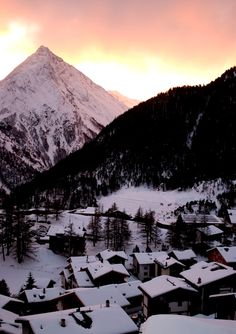 Saas Fee Luxury Chalet Esprit | Saas Fee Hotels | Ski Accommodation Oh The Places You'll Go, Places To Travel, Saas Fee, Go Skiing, Ski Vacation, World View, Wallis, Sweet Memories, Travel Europe