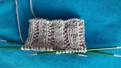 Ulla 01/18 - Artikkelit - Vaihtelua joustinneuleelle Knitting Charts, Knitting Patterns, Boot Cuffs, Knitted Hats, Knit Crochet, Diy And Crafts, 18th, Weaving, Throw Pillows
