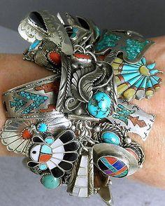 Zuni Jewelry, Boho Jewelry, Jewelry Crafts, Antique Jewelry, Jewelry Design, Coral Turquoise, Turquoise Jewelry, Turquoise Bracelet, Navajo