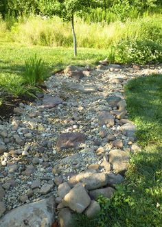 Trendy backyard landscaping with rocks dry creek ideas Landscaping With Rocks, Front Yard Landscaping, Landscaping Ideas, Garden Landscaping, Dry Riverbed Landscaping, Farmhouse Landscaping, Landscape Design, Garden Design, House Landscape