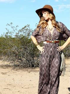I need inspiration for outfits to go with the felt floppy hat I have from nordstrom! This is perfect!