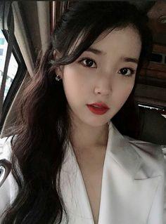 9 Korean Makeup Looks – My hair and beauty Iu Twitter, Snsd Yuri, Iu Fashion, Jennie Blackpink, Korean Actresses, Celebs, Celebrities, Ulzzang Girl, K Idols