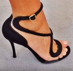 Black open toe artistic pumps heels