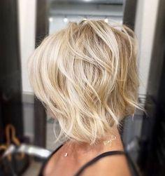 Textured Bob ✂️✂️✂️ #hairbykimjette #haircut #texturebob (at Stella Luca Salons - Winter Park's Balayage & Hair Extensions Salon)