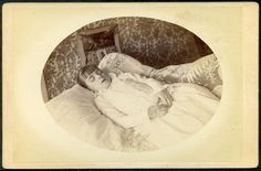 1880's Post mortem Cabinet Card Photograph of Young Girl