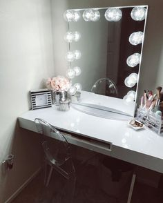 "5,118 Likes, 24 Comments - Impressions Vanity Co. (@impressionsvanity) on Instagram: ""A breath of fresh air! Gorgeous glam space from @chris_alexus featuring our #impressionsvanityglowxl"""