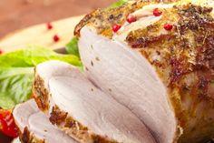 Cuisinez-le avec du vinaigre balsamique, du miel et des herbes, voici le rôti de porc à la mijoteuse Voici, Camembert Cheese, Crockpot, Sandwiches, Dairy, Food, Simple, Honey, Pork Roast