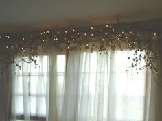 "Karen's Garden Cottage: Quick Fix ~ Quick Post ~ Twig 'N Vine Window Treatment ""How To""!"