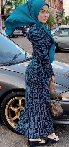 Hijab Prom Dress, Hijab Outfit, Beautiful Arab Women, Beautiful Hijab, Hijabi Girl, Girl Hijab, Big Fashion, Hijab Fashion, Myanmar Women