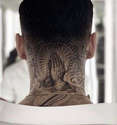 tattoos on the male head Bild Tattoos, Dope Tattoos, New Tattoos, Tattoos For Guys, Jesus Tattoo, Tattoo Cou, Back Of Neck Tattoo Men, Dove Neck Tattoo, Tattoo Images