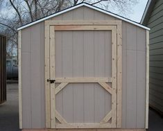 Build a Shed Door using these plans in less than one hour. This design is practical and functional. Includes images and step by step instructions.