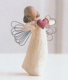 If you are looking for Beautiful Angel Gifts for a friend then look no further than these gorgeous willow tree angel ornaments and figurine angels. There is nothing more surprising than opening up these beautifully presented boxes and finding a. Tree Sculpture, Sculptures, Willow Tree Engel, Willow Tree Figuren, Diy Xmas, Angel Art, Tree Angel, Angels Among Us, Angel Ornaments