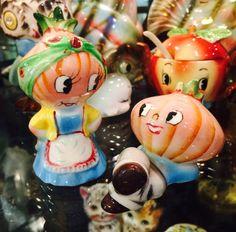 PY Ucagco Miyao Anthropomorphic Onion Couple Salt by BobsGoodJunk