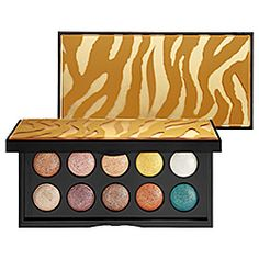 SEPHORA COLLECTION Moonshadow Baked Palette - In The Heat. Would look really pretty with blue eyes, all of those bronzes and golds :) Hair Health And Beauty, My Beauty, Beauty Skin, Beauty Makeup, Beauty Hacks, Beauty Tips, Makeup Inspo, Moon Shadow, Eye Make-up Remover
