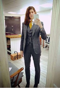 Three Piece Suit, 3 Piece Suits, Tomboy Fashion, Fashion Outfits, Romanov Sisters, Curly Haircuts, Suit Jackets For Women, Pantsuits For Women, Women Ties