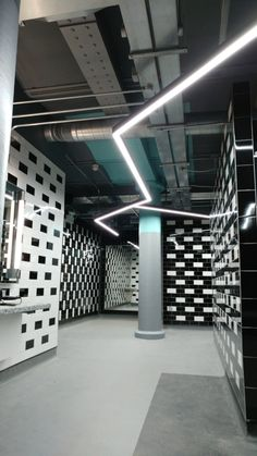 UK distributors for European manufacturers of top branded lighting components for architects, interior designers & contractors. Gym Lighting, Hallway Lighting, Recessed Spotlights, Gym Design, Monochrome, Future, Interior, Modern, Projects