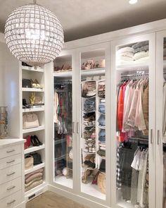 pretty modern closet ideas that every women will love 33 Walk In Closet Design, Bedroom Closet Design, Master Bedroom Closet, Closet Designs, Bedroom Decor, Bathroom Closet, Wardrobe Room, Wardrobe Storage, Modern Closet
