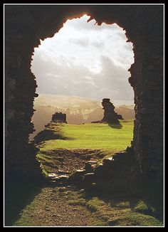 ✯  Castell Dinas Bran, on the steep hills over looking Llangollen in Denbighshire in North Wales, looking out of the castle ruins.