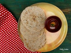 Coconut topped pancakes made with fermented rice and lentil is a comforting breakfast eat from the Odia cuisine. Try out this recipe and add it toyour list of healthy breakfasts. #fermentedfoods #glutenfreebreakfast #odiacuisine #orrisa #pitha #chakulipitha #newrecipes #healthyeats #eastindianrecipes #pithanddalma Gluten Free Breakfasts, Healthy Breakfasts, Indian Food Recipes, New Recipes, Flat Pan, Coconut Pancakes, Stuffing Mix, Fermented Foods, Lentils