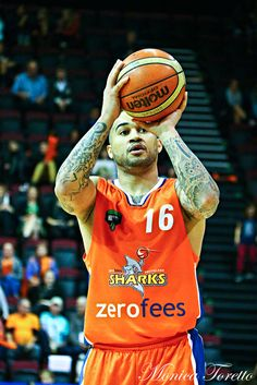 Southland Sharks' Kevin Braswell in the game against Manawatu Jets at Stadium Southland. Shark S, Jets, Game, Sports, Fashion, Hs Sports, Moda, Fashion Styles, Sport