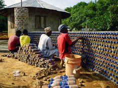 2_House made of plastic bottles