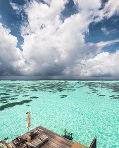 TROPICAL LOCATIONS — HANNAH PREWITT Gili Lankanfushi, Tbt Instagram, Underwater Photographer, Coast Australia, Water Reflections, Beach Landscape, Surf Style, Sunshine Coast, Maldives
