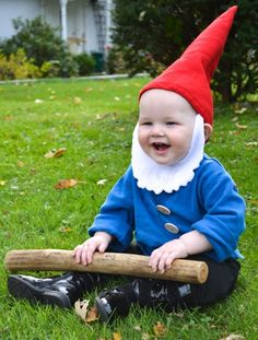 It's never too early to start planning your baby's Halloween costume. We've rounded up the cutest store-bought and DIY Halloween costume ideas for babies and toddlers. Garden Gnome Halloween Costume, Baby Gnome Costume, Diy Halloween Costumes For Kids, Diy Costumes, Costume Ideas, Creative Baby Costumes, Halloween Disfraces, Diy Baby, Easy Garden