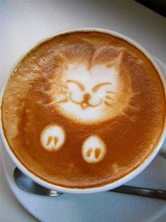 Kitty Latte (because you just can't have enough cat pictures on Pinterest)