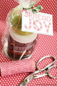 100  Super Christmas Projects and Recipes