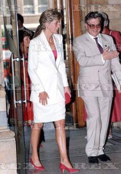 Diana Williams, Princess Diana Fashion, Princes Diana, Photo Stock Images, Lady Diana Spencer, Glamour, Princess Of Wales, Queen Of Hearts, Royal Fashion