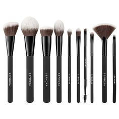 Shop SEPHORA COLLECTION' Ready To Roll Brush Set at Sephora. This set of 10 brushes are curated to include all the essentials for a complete makeup look. Sephora Eyeshadow Palette, Sephora Liquid Lipstick, Sephora Lip Stain, Sephora Mask, Sephora Brush Set, Sephora Makeup, Makeup Products, Beauty Makeup, Bffs
