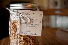 holiday guest post // homemade apple cinnamon granola from beth murphy. | Love Taza