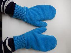 Gabriellan lapaset | Puolalan käsityö 3-4 luokat Fleece, School Stuff, Dinosaur Stuffed Animal, Gloves, Textiles, Sewing, Toys, Crafts, School Supplies
