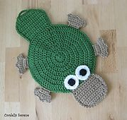 OMG how adorable is this Platypus? FREE CROCHET PATTERN @ Ravelry: Platypus Potholder pattern by Cordelia Serene