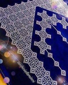 Günaydın 🍁 . . . #etaminseccade #etamin #kanaviçe #seccade #prayermat #dantel #ceyiz #ceyizlik #damatbohcasi #winter #snow #crossstitch… Cotton Crochet, Crochet Motif, Filet Crochet, Cross Stitch Designs, Cross Stitch Patterns, Mantel Azul, Embroidery Patterns, Hand Embroidery, Cross Stitch Cushion