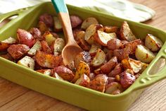 Original Ranch Roasted Potatoes Recipe Side Dishes with vegetable oil, Hidden Valley® Original Ranch Salad® Dressing & Seasoning Mix, red potato Roasted Potato Recipes, Roasted Potatoes, Pork Recipes, Vegetable Recipes, Cooking Recipes, Oven Potatoes, Seasoned Potatoes, Cooking Time, Salads