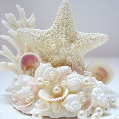 Astisan handmade CUSTOM beach wedding cake topper, custom made with your wishes and wedding colors in mind. Made with coral and a large knobby jungle starfish. Beach Wedding Cake Toppers, Beach Wedding Decorations, Wedding Cakes, Beaded Starfish, Beach Grass, Coastal Decor, Wedding Colors, Garland