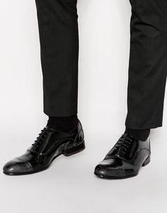 Chaussures par Ted Baker Cuir verni ultra brillant Fermeture par lacets Bout étroit Bout renforcé Semelle en cuir véritable Semelle antidérapante Traiter avec un agent protecteur pour cuir Tige : 100% cuir véritable